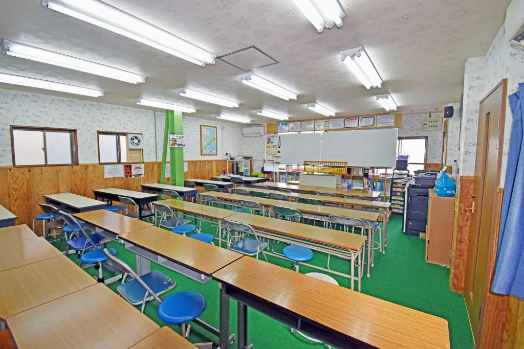 幸進学院 東中浜校 教室